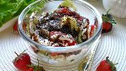 Фото рецепта Салат клубнично-огуречный