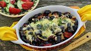 Фото рецепта Чёрная фасоль с копчёными колбасками в духовке