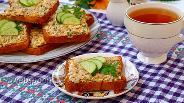Фото рецепта Бутерброды с сайрой и яйцом