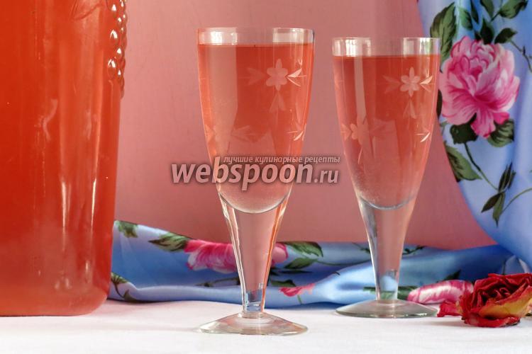 Что можно сделать с лепестками роз в домашних условиях