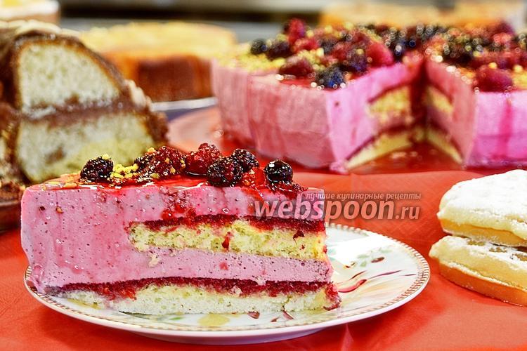 Фото Йогуртовый торт с ягодами
