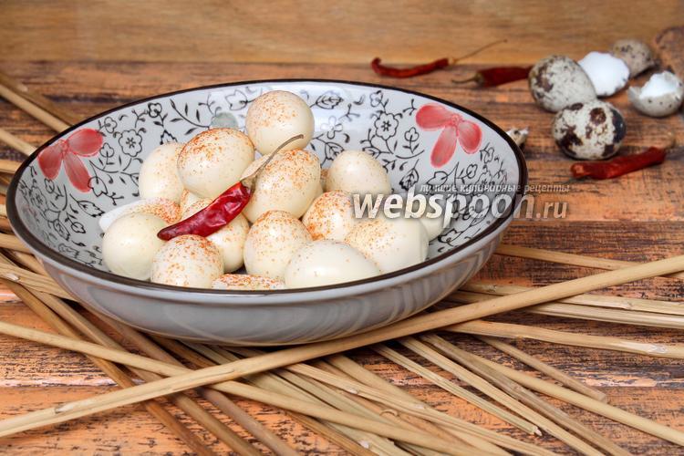 Фото Перепелиные яйца маринованные