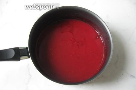 Ягодный соус с алычой готов. Подаём на десерт, а также с оладьями, блинами и сырниками.