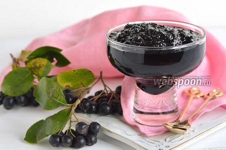 Фото рецепта Джем из черноплодной рябины