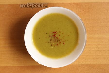 Яблочный суп-пюре подаём горячим, в суп можно добавить сок лимона.