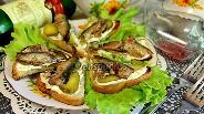 Фото рецепта Бутерброды со шпротами «Закусочные»