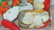 Фото рецепта Патиссоны маринованные с помидорами и сладким перцем