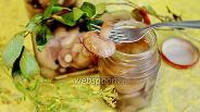 Фото рецепта Маслята маринованные с корицей