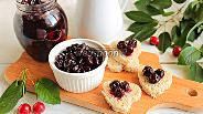 Фото рецепта Варенье из вишни с корицей