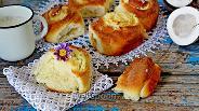 Фото рецепта Булочки с кокосовым кремом