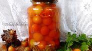 Фото рецепта Маринованные помидоры черри с корицей