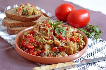 Тёплый салат из запечённых овощей