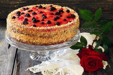 Торт ягодный с зефирным муссом