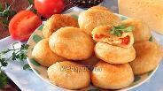 Фото рецепта Пирожки бомбочки с помидорами