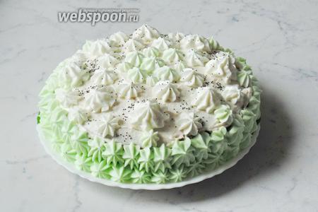 Торт «Анечка» готов. Даём ему пропитаться в холодильнике 10-12 часов. Подаём на десерт к чаю, кофе, молоку или компоту.