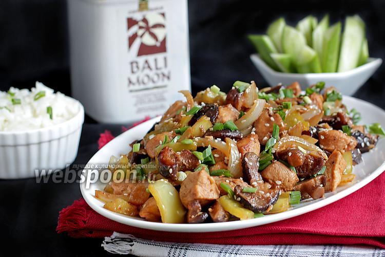 Фото Куриное филе с грибами шиитаке и пастой мисо