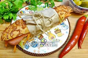 Хот-дог с корейской морковкой