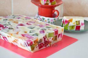 Торт-желе «Битое стекло» со сгущёнкой