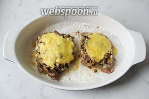 Отбивные с грибами и сыром готовы. Подаём на второе в обед или на ужин с любым гарниром.