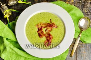 Картофельный суп с беконом и черемшой