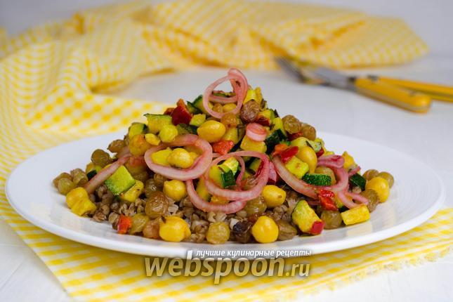 Фото Салат из гречки с овощами