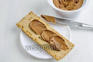 Крем можно подать как самостоятельный десерт и как намазку к хлебцам.