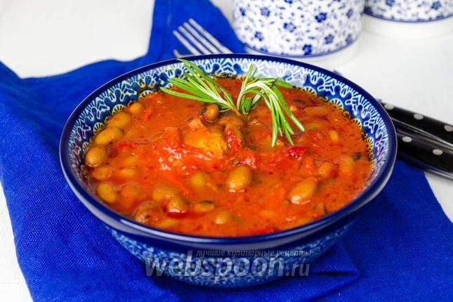 Фото Свинина с фасолью в томатном соусе