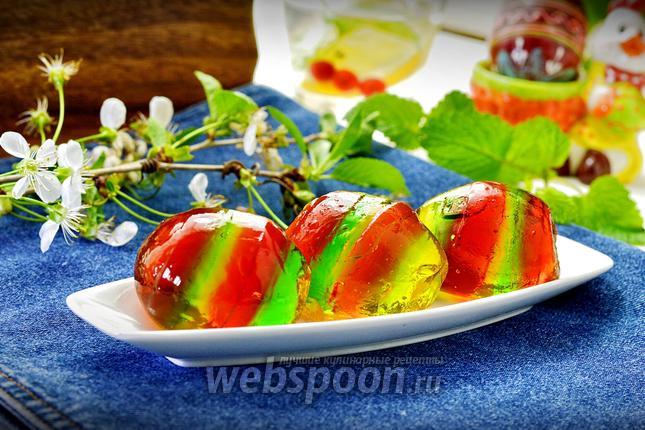 Фото Пасхальные яйца с желе