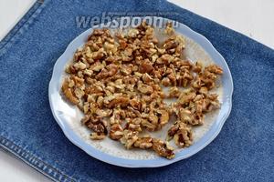 Затем разложить на смазанном подсолнечным маслом (0,5 ст. л.) блюде в один слой до полного остывания.
