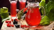 Фото рецепта Компот из чёрной и красной смородины