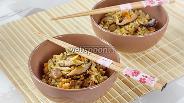 Фото рецепта Рис с овощами и курицей гомоку гохан