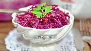 Фото рецепта Салат из сырой свёклы с чесноком и майонезом