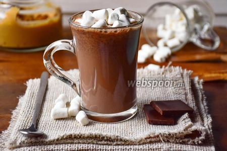 Горячий шоколад с арахисовой пастой