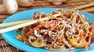 Фото рецепта Гречневая лапша с овощами