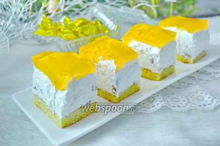 Фото рецепта Творожный торт с желе