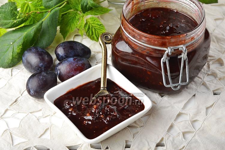 Фото Варенье из сливы с какао и маслом