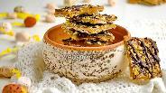 Фото рецепта Десерт из мацы с карамелью и орехами