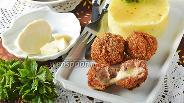 Фото рецепта Мясные шарики фаршированные моцареллой