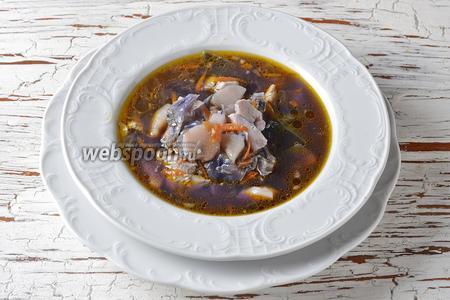 Суп из краснокочанной капусты готов.