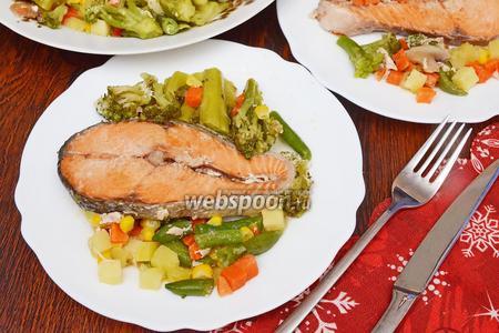 Кета с овощами в духовке
