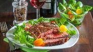Фото рецепта Стейк из говядины на сковороде