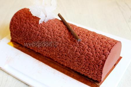 Ну и вот, наш торт готов. Приятного!