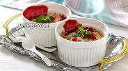 Фото рецепта Крамбл с красной смородиной