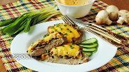 Фото рецепта Свиные отбивные с сыром и грибами