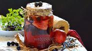 Фото рецепта Компот из тёрна и яблок на зиму