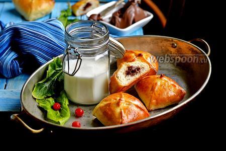 Фото рецепта Пирожки с Нутеллой