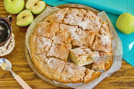 Фото рецепта Яблочный пирог без яиц