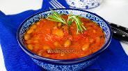 Фото рецепта Свинина с фасолью в томатном соусе
