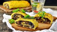 Фото рецепта Картофельный рулет с грибами