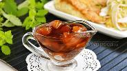 Фото рецепта Кисло-сладкий соус с ананасом